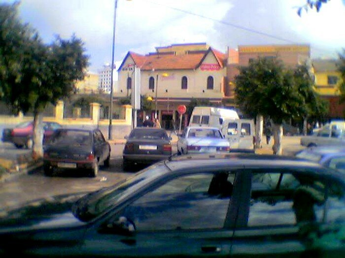 Parking Petits taxis Avenue Mohammed 5