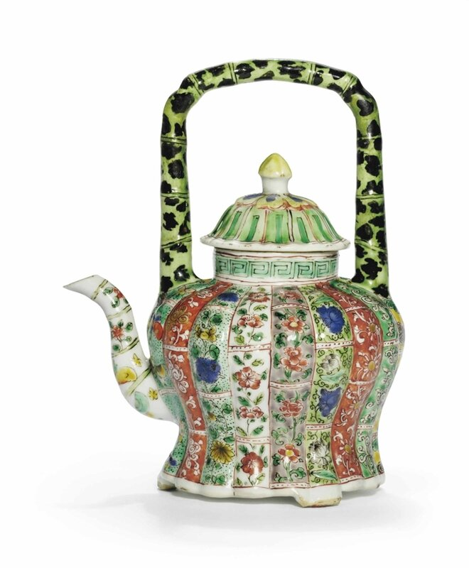 A famille verte lobed ewer and a cover, Kangxi period (1662-1722)