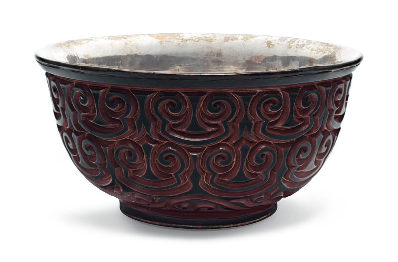 A red and black tixi lacquer bowl, Ming dynasty (1368-1644)
