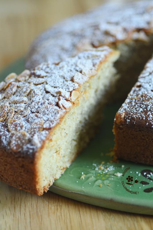 Gâteau moelleux amandes & coco_4
