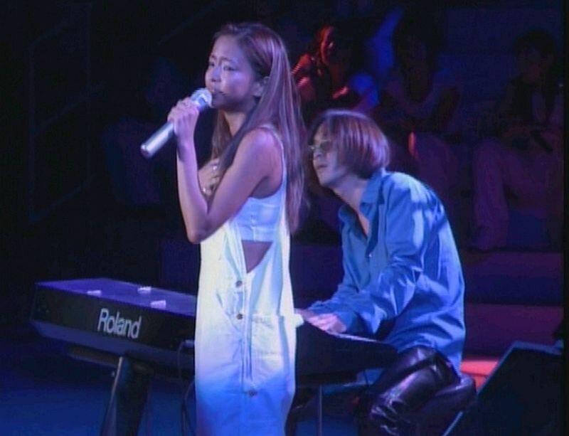 Canalblog JPop Namie Amuro Live1996 026