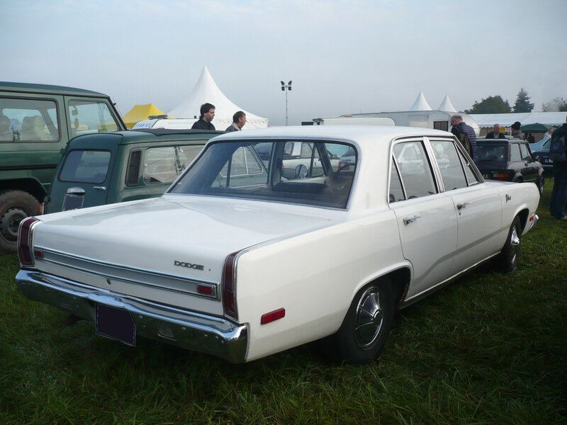 PLYMOUTH Valiant 4door Sedan 1970 Lipsheim (2)
