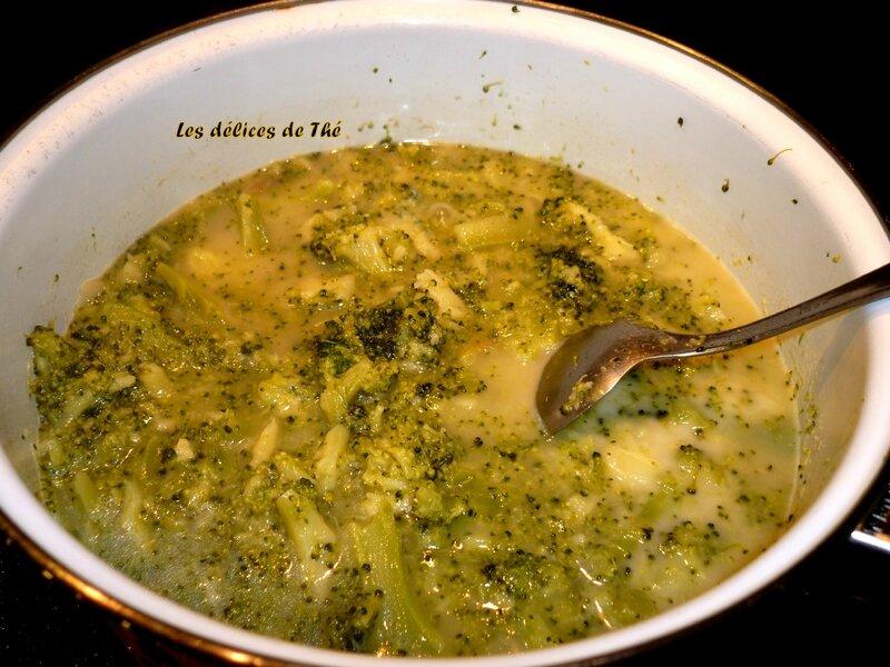 Velouté brocolis pomme coco Fév 14 (5)