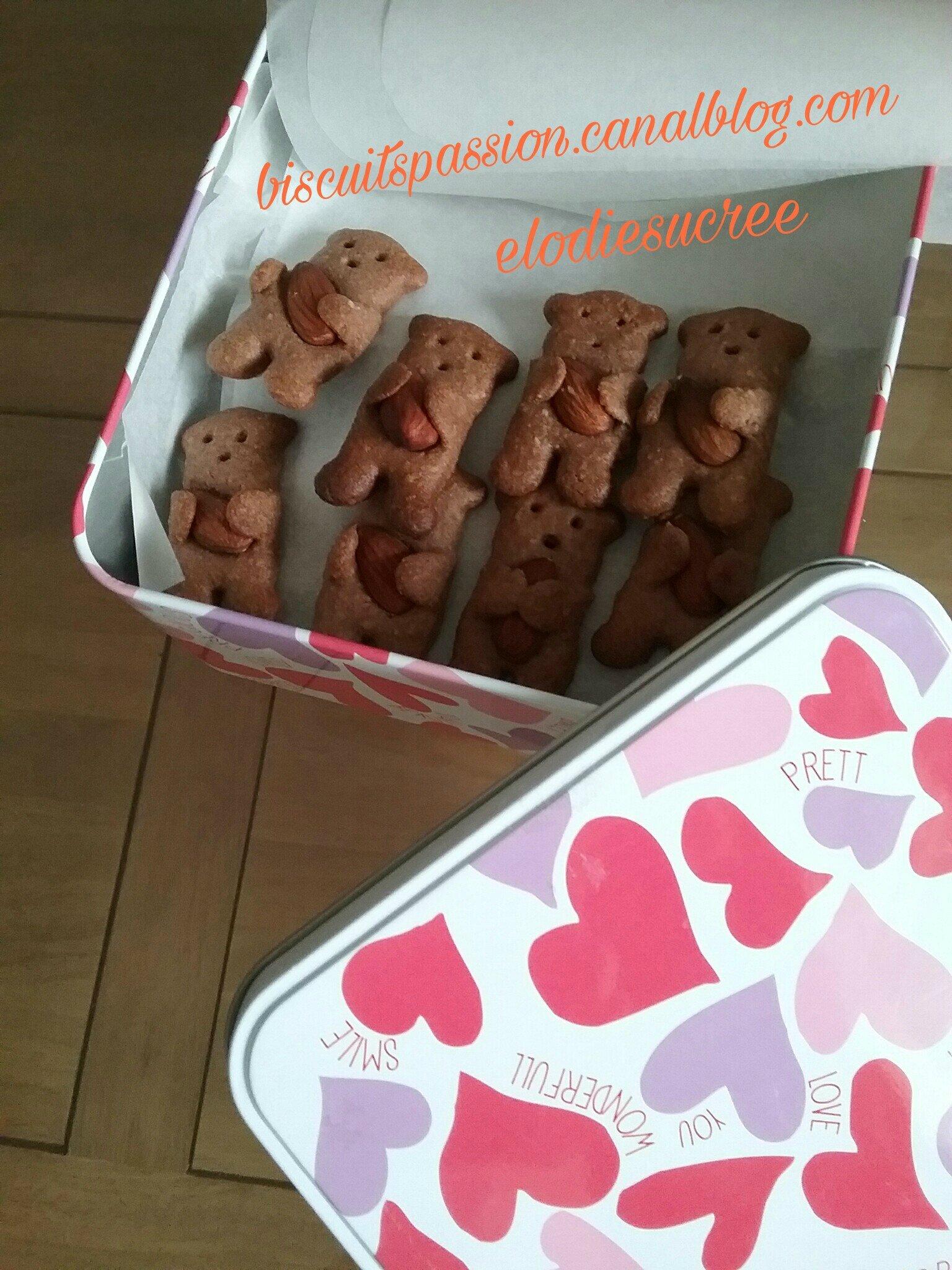 Minis Nounours aux amandes 035