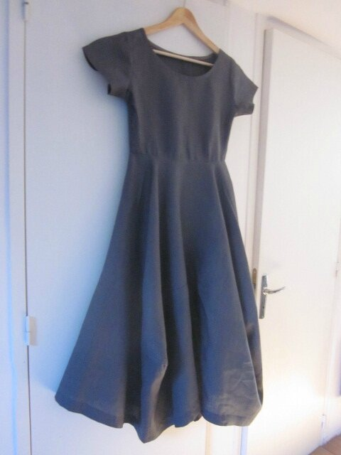 Robe EULALIE en lin gris anthracite - taille 38 (2)