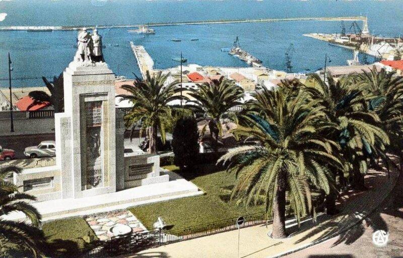 FM aa- 036- Monument aux morts