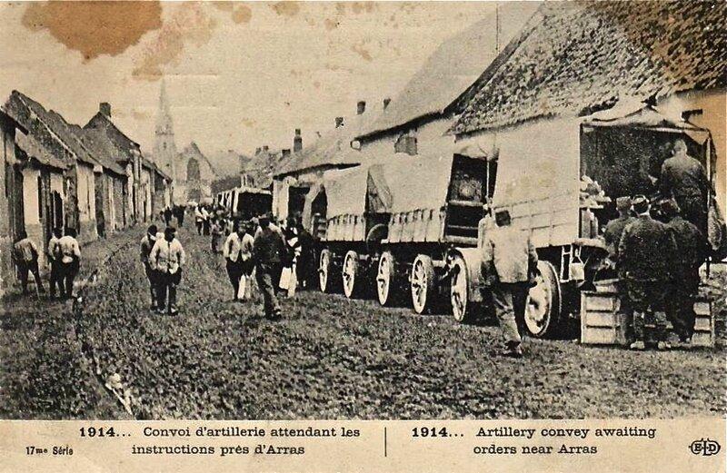 convoi artillerie près d'Arras 1914