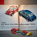 Des volkswagen et une publicité des années 60... des jouets vintage de différentes échelles... norev, majorette, lego, roco,...