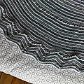 Tricot - châle holey chevrons de stephen west