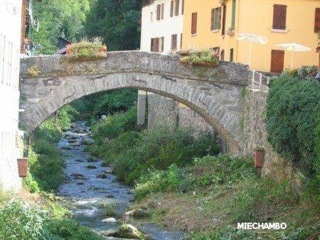 Beaufort_vieux_pont1