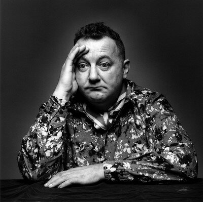 jeanloup-sieff-coluche-paris-1985