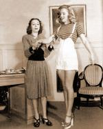 1947-marilyn_with_Helena_Sorell-by_dave_cicero-030-1