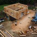 2009 08 07 Le fustier Frédéric Monteil qui construit sa propre maison à la Côte Chaude (19)