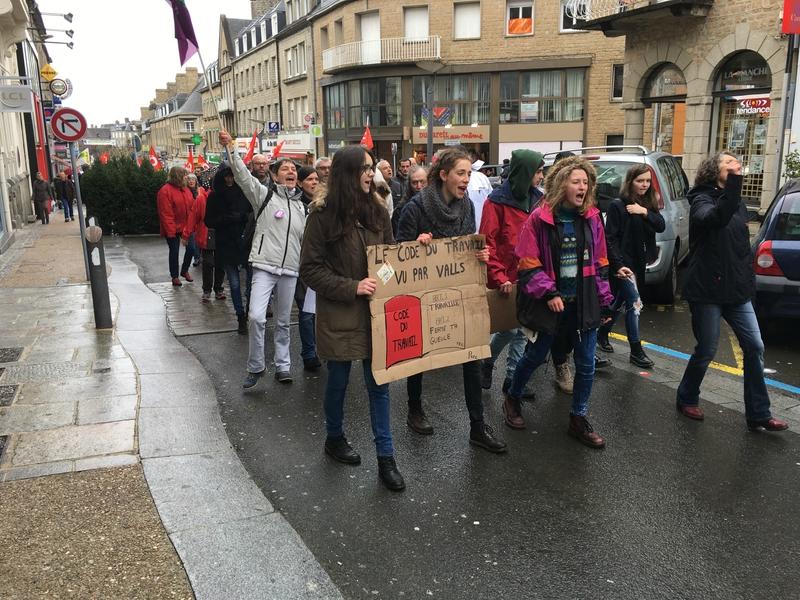 manifestation loi travail Avranches 9 avril 2016 défilé rue Constitution