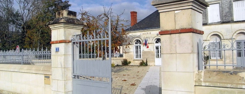 Slide-Saint-Jean-Saint-Germain-Mairie-1170x450