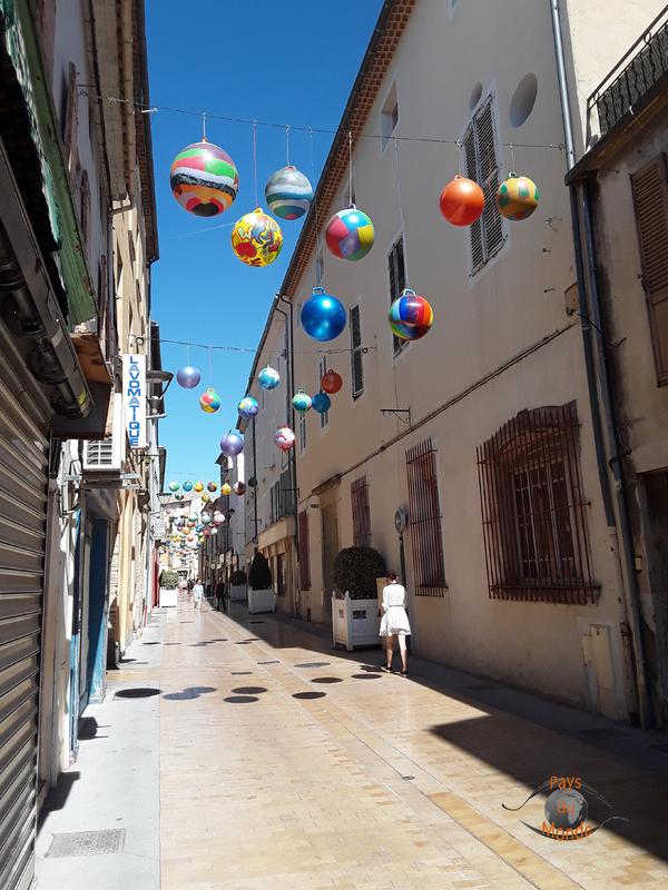 Carpentras rue