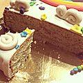 Délicieux gâteau au citron et pavot