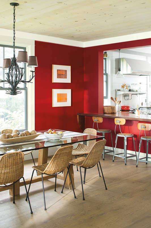A+Seaside+Retreat+full+of+colour+and+pops+of+red+from+Benjamin+Moore+(8)