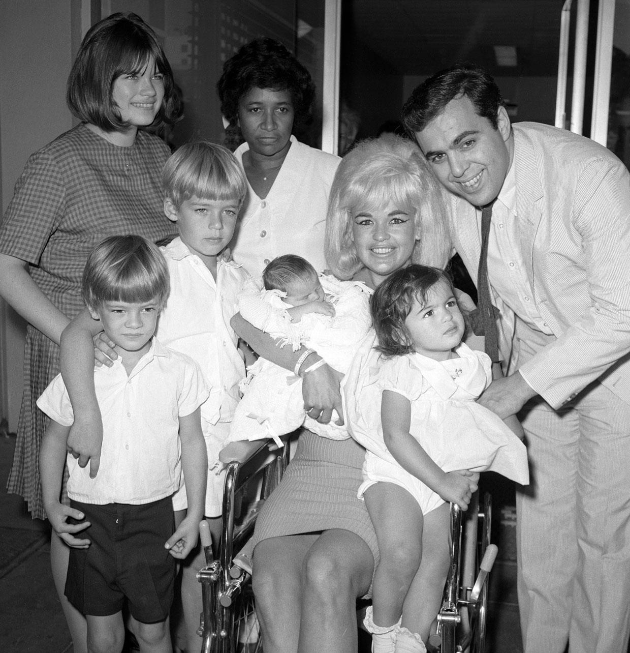 jayne-1965-10-21-LA-cedars_lebanon_hospital-baby_anthony-1