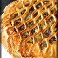 P'tite tarte feuilletée grillagée au confit de canard et poireaux