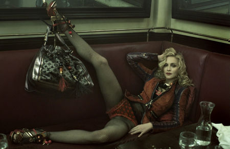 madonna_louis_vuitton_21