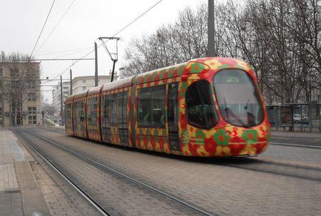 montpellier_39_tram_fleuri_vers_jacou