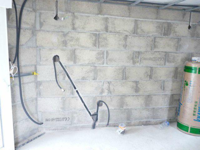 suite et fin du passage des gaines et cables lectriques notre extension. Black Bedroom Furniture Sets. Home Design Ideas