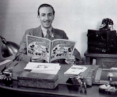 Walt_in_office