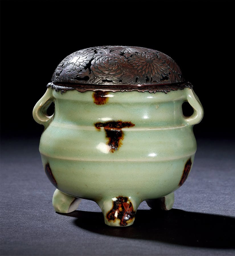 A 'Longquan' Celadon Brown-Splashed Censer, Yuan or Ming Dynasty, 13th-17th Century