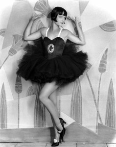 louise_brooks_1927_now_we_re_in_the_air_1