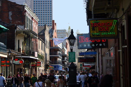 Louisiana_Bourbon_Street_9