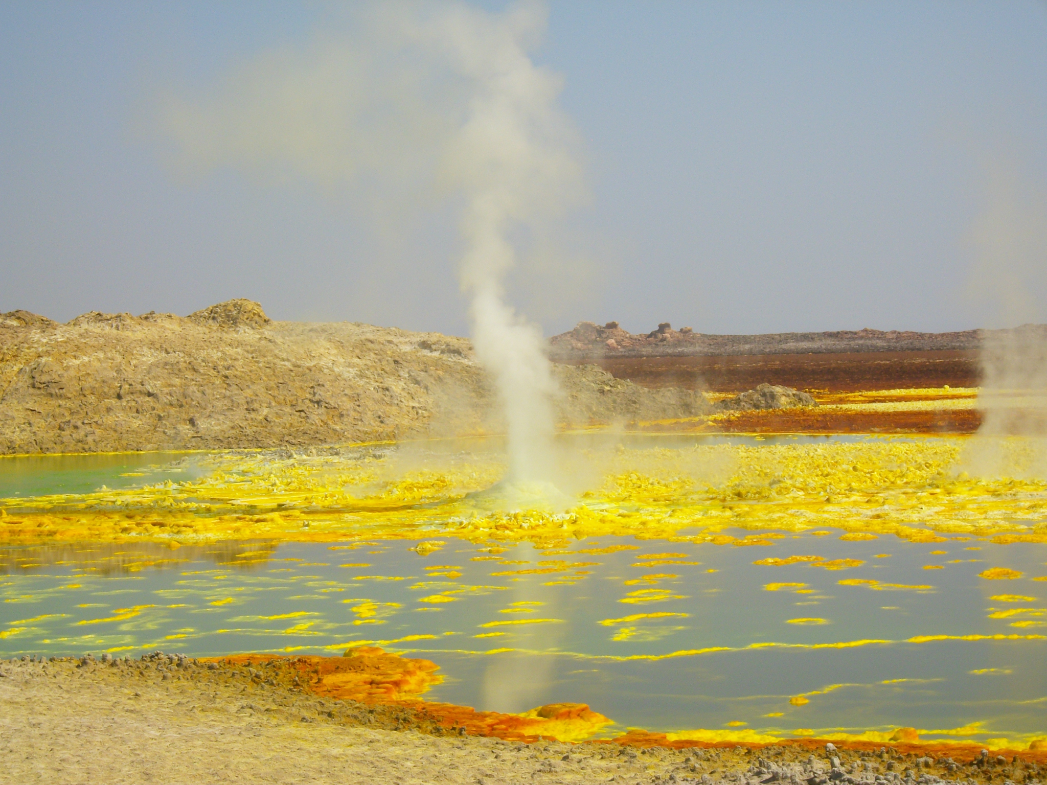danakil ,active color full place