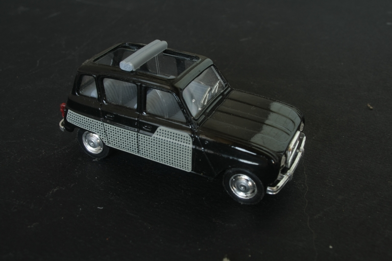 010_Renault 4L_02