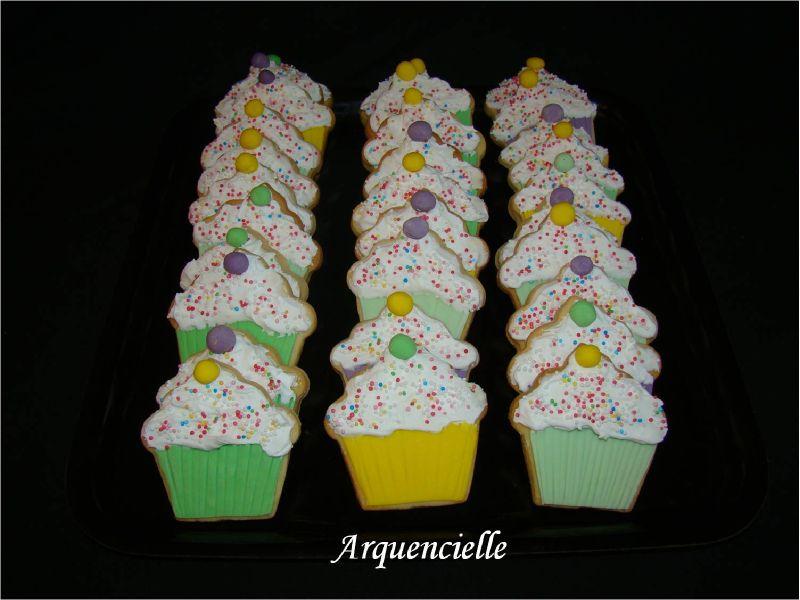 Biscuits anniversaire déco muffin sablés décorés