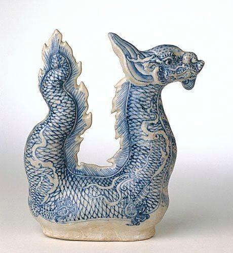 Dragon ewer, mid 15th century, Hoi An, Vietnam