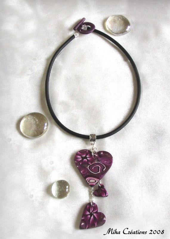 collier trois coeurs violet