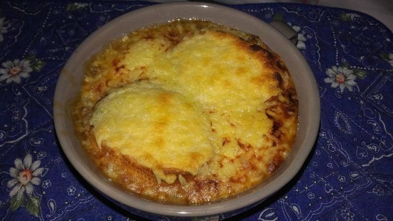Soupe gratinée à l'oignon (2)