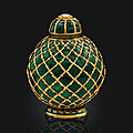 An emerald-set gold flask, india, circa 1800