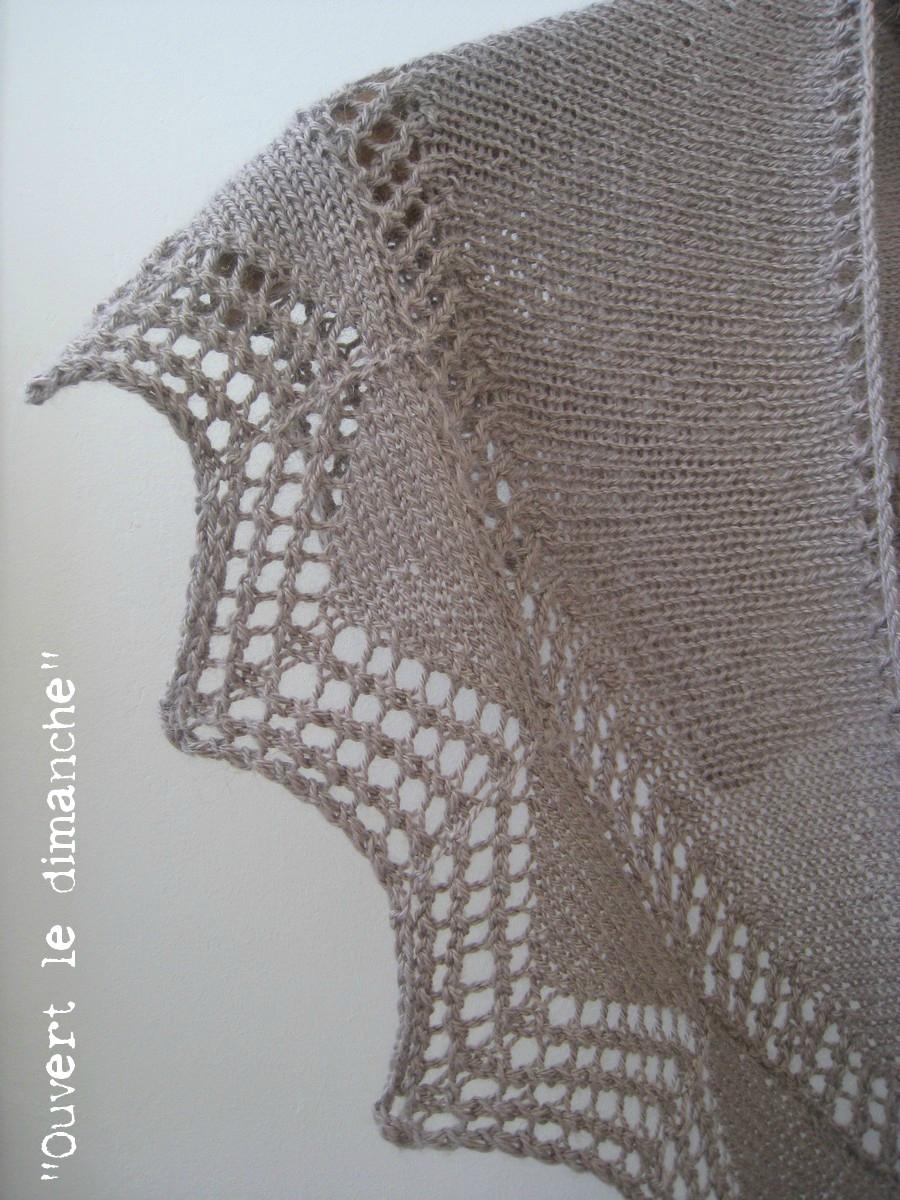 Cassis shawlette 3