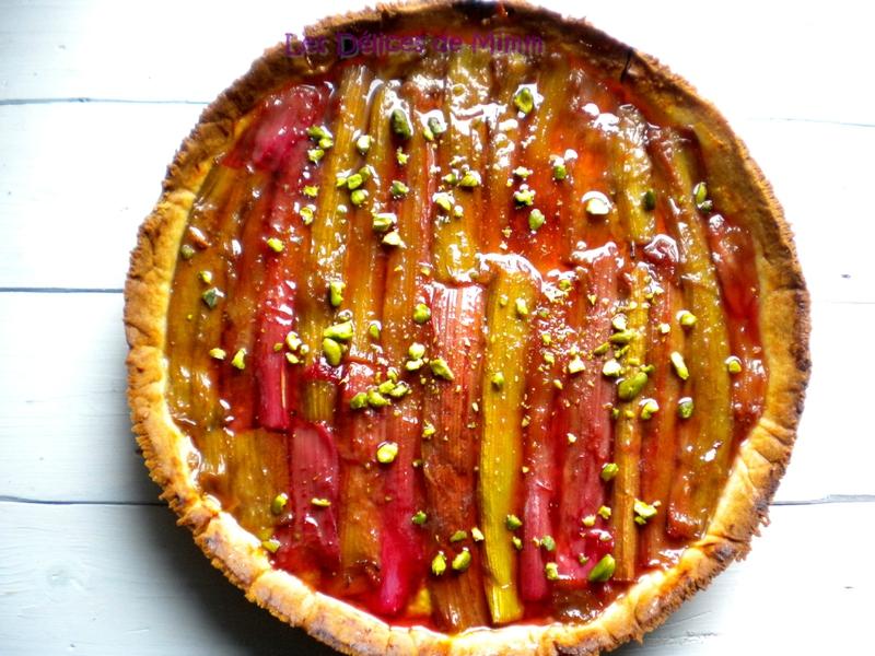 Tarte sablée, rhubarbe, amandes et pistaches 2