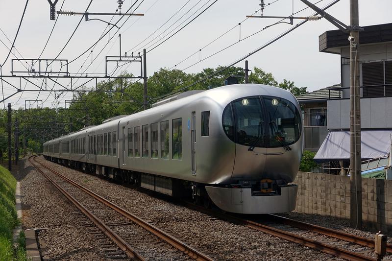 Seibu 001 Laview 1