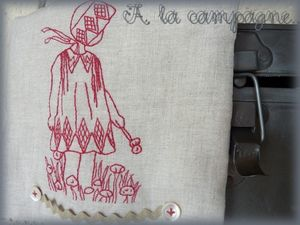 Ang_le_d_tail_broderie