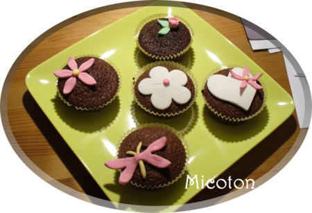 cupcakes_pate_a_sucre_1