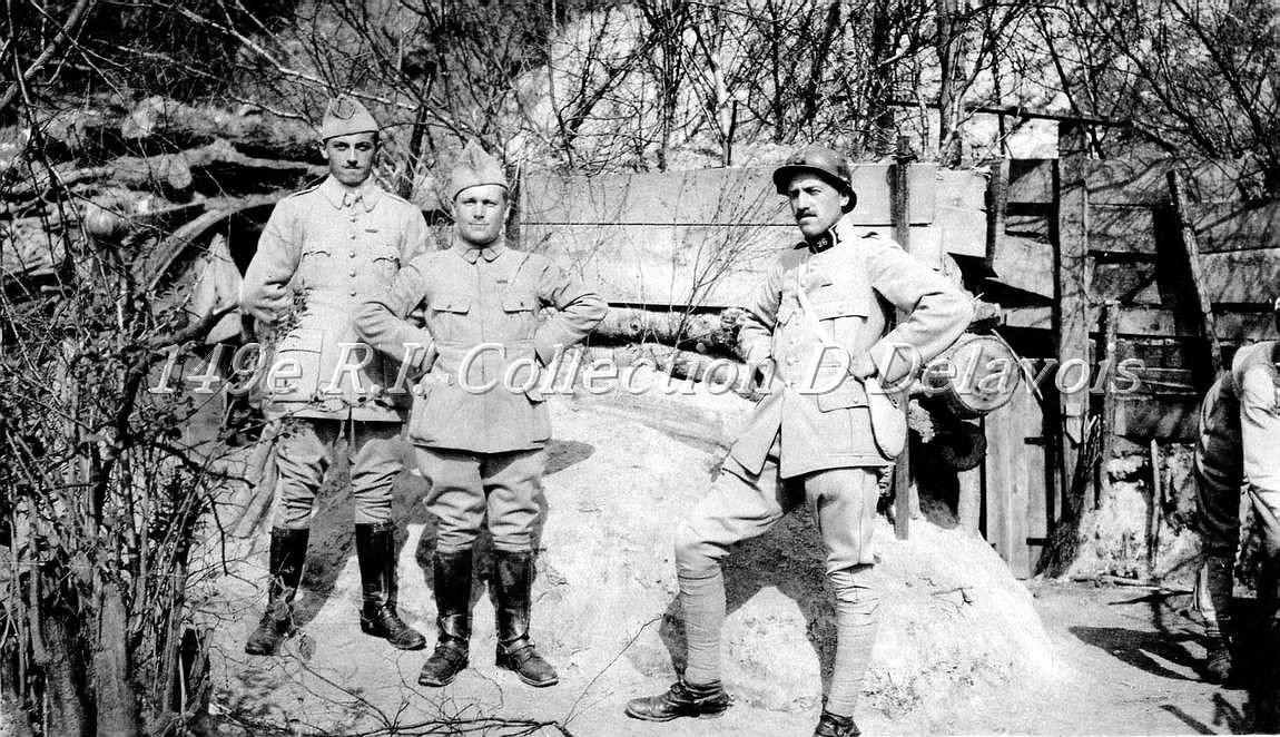 Capitaine Roger de Parseval (2) au centre (juin 1917)