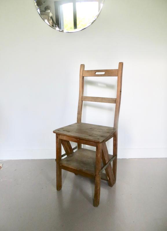 Chaise escabeau libraire