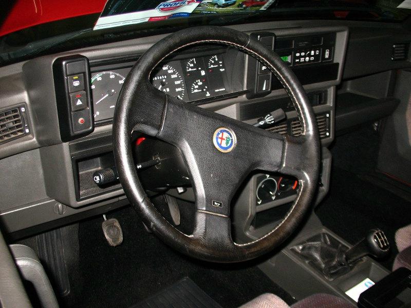 Alfa75-V63l-int