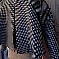 Veste VICTORINE en toile polyester noir à pois beige - Doublure de satin noir (11)