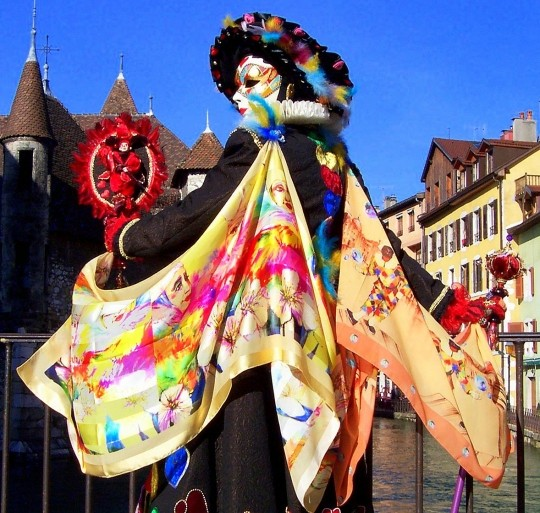 carnaval-actualite-pont-annecy-france-926746[1]