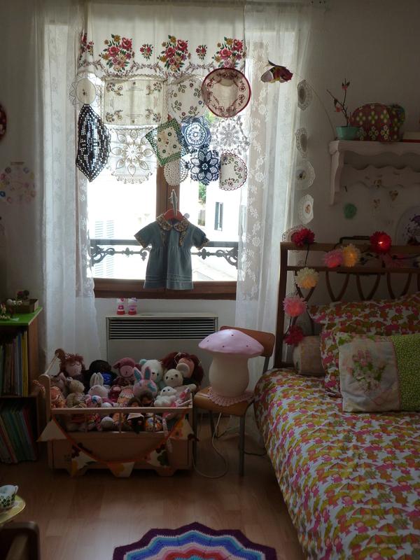 new life les gribouillis d 39 in s. Black Bedroom Furniture Sets. Home Design Ideas