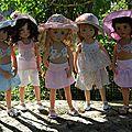 Les little darling sont prêtes pour partir en vacances au soleil....